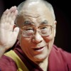 Dalai-Lama_waving-lores