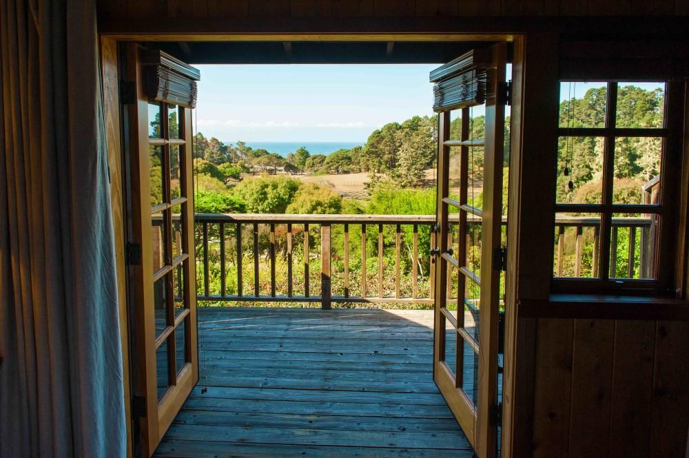 Stanford_balcony_LR
